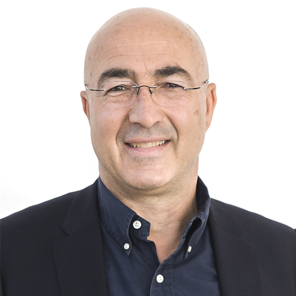 Yiannis Papazacharia